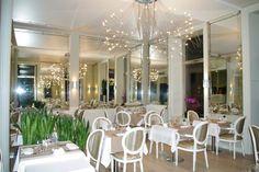 Situé en plein coeur de Belfort, l'hôtel-restaurant est installé dans dans une partie des anciennes brasseries de la bière du Lion. Frédéric Pastorino vous propose une cuisine traditionnelle, raffinée et créative au gré du marché. C'est le premier restaurant du département à recevoir le Bib gourmand.
