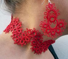 Red tatting earrings and necklace.