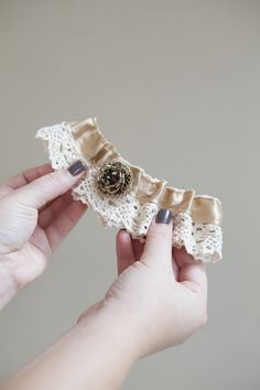 Check Out This Detailed Step By Tutorial On How To Make A Wedding Garter