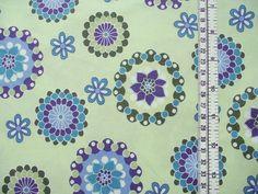 hellgrün/blau+gemusterter+Baumwollstoff+mit+ausgefallenem+Blumen-Druck,+hochwertige+Qualität+....+(weitere+Kombiartikel+im+shop)+Ideal+für+Kissen,+Pat