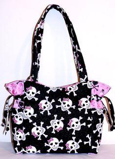 Skulls Glitter Pink Bows Handbag by DeloresCreations on Etsy Fashion Handbags, Purses And Handbags, Skull Purse, Emo, Black Skulls, Backpack Purse, Bag Sale, Gyaru, Diaper Bag