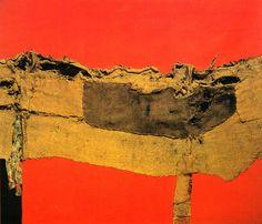 Alberto Burri 'Sacking and Red', 1954 © Fondazione Palazzo Albizzini Collezione… Contemporary Abstract Art, Modern Art, Pablo Picasso, Alberto Burri, Neo Dada, Art Informel, Francis Picabia, Picasso Paintings, Foto Art