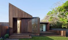 Built as a cozy getaway for an older couple of avid travelers, the Humble House…