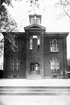 Holy Rosary School Reading PA 1915 Reading Pa, Holy Rosary, Historical Photos, Nostalgia, Corner, City, World, School, Vintage