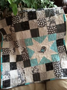 Black white and turquoise bird baby quilt by sewsosweetdesigns Bird Applique, Pillow Shams, Baby Quilts, Holiday Gifts, Quilt Patterns, New Baby Products, Toddler Bed, I Shop, Turquoise
