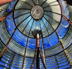 Up close & personal view of the #Fresnel lens that illuminates the #TybeeIsland Lighthouse. Thanks, @alexbirtwisle, for sharing! ☺️