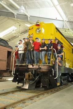 Aug 8, 2012 - Twelve youths from all over the United States threw switches, performed brake tests, coupled cars, stripped shellac from Chapel Car 5, switched out railroad ties and even ran locomotive 4012 during the debut of RailCamp Northwest earlier this month. They spent two days at the Northwest Railway Museum.