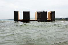 floating sauna pavillion in Køge, Denmark, by Rintala/Eggertsson Architects Floating Architecture, Water Architecture, Architecture Design, Floating House, Brick And Mortar, Eco Friendly House, Black House, Inspiration, Sauna House