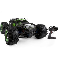 Traxxas Summit 2.4 GHz RTR Electric RC Truck