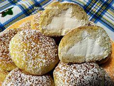 Італійські булочки з вершками. вершкове масло - 40 грам;  цукор - 40 грам; борошно - 220 грам; вода - 40 грам; молоко - 90 грам; сіль - 3 щіпки; сухі дріжджі - 12 грам; ваніль - 1 чайна ложка; вершки - 150-200 мл Hamburger, Bread, Food, Brot, Essen, Baking, Burgers, Meals, Breads