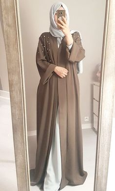 – Abaya look pearls beige Abaya look pearls beige – Hijab Fashion Muslim Women Fashion, Modern Hijab Fashion, Hijab Fashion Inspiration, Abaya Fashion, Fashion Dresses, Islamic Fashion, Mode Abaya, Mode Hijab, Abaya Designs Dubai