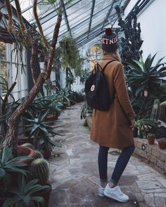 Lilith Joutsen (@euphoria_the) • Instagram ootd, Outfit of the day, coat, camel coat, herbstmantel, asics gel lyte iii, white sneaker, sneaker, fjallraven kanken, beanie, what to wear, outfit inspo