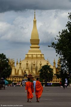 3. The That Luang Temple located in Vientiane, Laos, remembers the life if the buddah.