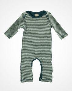 Randiga barnkläder från Oii. Fri frakt & Retur!