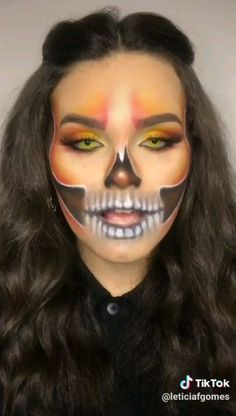 Are you looking for ideas for your Halloween make-up? Browse around this site for creepy Halloween makeup looks. Halloween Makeup For Kids, Cute Halloween Makeup, Kids Makeup, Up Halloween, Sfx Makeup, Men Face Makeup, Skeleton Face Makeup, Skeleton Face Paint, Sugar Skull Face Paint