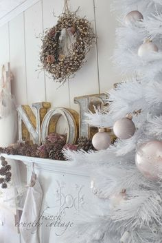 FRENCH COUNTRY COTTAGE: Christmas office & diy romantic wreath