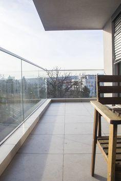 #недвижимость_в_словакии_недорого_с_указанием_цены Адрес: 811 02 Bratislava, Staré Mesto, Hriňovská. Новая, двухкомнатная квартира на продажу, ул. Гриньовска (Hriňovská), район Старе Место (Staré Mesto), Братислава, Словакия. Квартира площадью 68,35 м2 + 12,30 терраса + 1,20 м2 кладовка, находится на первом этаже из четырех, состоит... Подробнее: Зореслава +421 903 407 775; zoreslavask@gmail.com. Stairs, Home Decor, Stairway, Decoration Home, Room Decor, Staircases, Home Interior Design, Ladders, Home Decoration