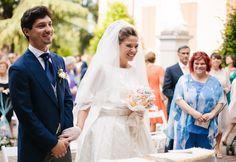 Bride with a Vintage Dress and Gloves | Chic Italian Wedding | Infraordinario Studio Fotografico | Bridal Musings Wedding Blog 10