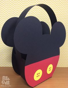 Mickey and Minnie Mouse party ideas Mickey Mouse Clubhouse, Mickey Minnie Mouse, Theme Mickey, Fiesta Mickey Mouse, Mickey Party, Mickey Mouse Birthday, Diy Gift Box, Diy Gifts, Mikey Mouse