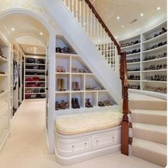""" Today, the walk-in closet is a must-have on many buyers' wish list. Some homeowners are paring down a four-bedroom home to three by transforming one bedroom into an oversized walk-in closet."" - 5 Things Home Buyers Want In 2013 from Forbes Dream Closets, Dream Rooms, Dream Bedroom, Big Closets, Girls Dream Closet, Classy Closets, Casa Clean, Walk In Closet, Shoe Closet"