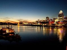 One of the best things about visiting Northern Kentucky is the awesome views of the Cincinnati skyline! Best Places To Travel, Vacation Places, Places To Visit, Vacations, Newport Aquarium, Cincinnati Skyline, Exotic Beaches, Tropical Beaches, Valley Of Fire
