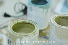 lots of Annie Sloan DIY chalk paint tips