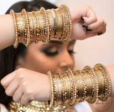 Sapphire Bridal Necklace Blue Teardrop Bride Pendant Cubic Zirconia Wedding Jewelry White Crystal Navy Bridesmaid Necklace CZ Something Blue - Custom Jewelry Ideas Antique Jewellery Designs, Fancy Jewellery, Stylish Jewelry, Jewelry Design, Fashion Jewelry, Diamond Jewellery, Indian Jewelry Earrings, Indian Jewelry Sets, Indian Wedding Jewelry