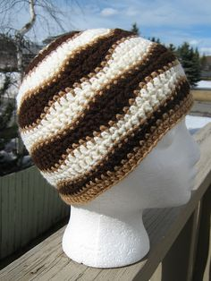 Ravelry: Project Gallery for Brain Waves Beanie pattern by Liz McQueen
