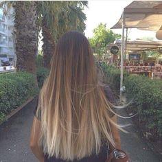 "19 Me gusta, 2 comentarios - ⚡️A M B E R R O S E H A I R ➷ (@amberrosehair) en Instagram: "" Ultimate Goals -  #Ombre #OneLength #Thickness #BluntCut #LongHair #Love #Hairdresser"""