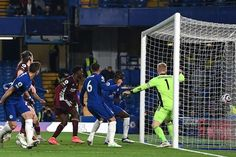 Blues in the driving seat for Champions League football as second-half goals from Jorginho and Antonio Rudiger move Thomas Tuchel's side above the Foxes and up into third with just one match left. Chelsea Match, Chelsea Fans, Champions League Football, Premier League Champions, Leicester, Brendan Rodgers, Fa Cup Final, Free Kick, Stamford Bridge