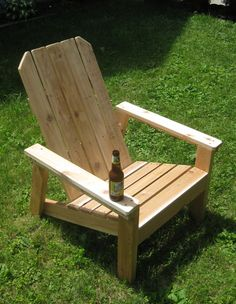 Building Patio Furniture for Fun and Profit Rustic Outdoor Furniture, Wooden Pallet Furniture, Pallet Chair, Diy Furniture Plans, Diy Chair, Yard Furniture, Garden Chairs, Patio Chairs, Outdoor Chairs