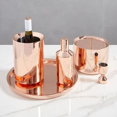 Chelsea Barware - Copper Designed exclusively for west elm by Aaron Probyn, this barware collection has clean, modern lines. It has everything you need to get your bar stocked and ready for a party. Diy Home, Home Decor, Mirror Shop, In Vino Veritas, Bathroom Hardware, Bar Accessories, Copper Kitchen Accessories, Kitchen Tools, Kitchen Products