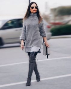 Monochromatic Grey Sweater! 05/03/2016 Leave a Comment