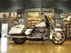 Check out this custom Street Glide by the East Orlando Harley team. Want to customize your bike and build your dream Harley? Contact us today! http://orlandoharley.com/Customization.aspx — at East Orlando Harley Davidson.