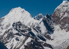 Paldor Peak Trekking is one of the admired trekking destinations for adventurous people near Ganesh Himal region. Paldor is situated at the southeast end of Ganesh Himal marking the junction of and Karpu Dandas at the head of the Mailung Khola a trail butray of the Trishuli River.