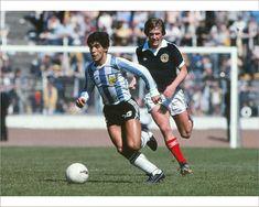Kenny Dalglish, Pure Football, Football Soccer, Retro Football, Vintage Football, Hampden Park, Diego Armando, Football Images, Celtic Fc