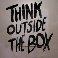 """THINKING OUTSIDE THE BOX. Oí esta expresión hace ya unos cuantos años y todavía no ha dejado de sorprenderme el gran contenido que encierra la famosa frase: """"Thinking outside the box"""" … Pensar fuera de la caja. ¡Que difícil! Hoy es una tarea complicada. El corto plazo, los resultados, la crisis… no nos dejan tiempo libre para dar rienda suelta a la creatividad, que en mayor o menor medida, todos llevamos dentro."""