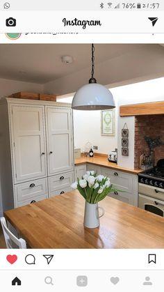 50 ideas farmhouse ideas house plans basements for 2019 Cottage Kitchens, Modern Farmhouse Kitchens, Country Kitchen, Home Kitchens, Farmhouse Ideas, Kitchen Dinning, New Kitchen, Kitchen Decor, Kitchen Design