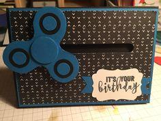 Fidget spinner Birthday card Boy Cards, Kids Cards, Cute Cards, Birthday Cards For Boys, Masculine Birthday Cards, Male Birthday, Spinner Card, Figit Spinner, Card Making Tutorials