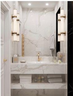 Marble madness via 👌🏾 Bathroom Design Luxury, Bathroom Layout, Modern Bathroom Design, Washroom Design, Bad Inspiration, Bathroom Design Inspiration, Dream Bathrooms, Beautiful Bathrooms, Home Room Design
