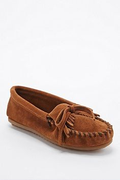 "Minnetonka – Mokassins ""Kilty"" in Hellbraun - Urban Outfitters"