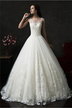 Princess Ball Gown Illusion Neckline Sleeveless Tulle Lace Wedding Dress
