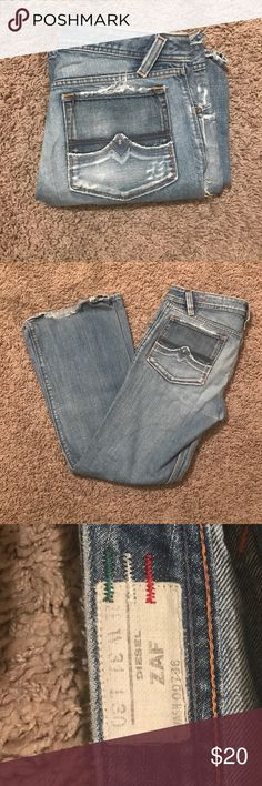 Diesel Men's Denim Jeans Bootcut men's Diesel Jeans. Factory distressed, has only been worn a handful of times! Slight wear at the bottoms. W31 L30...Made in Italy. 100% Cotton Diesel Jeans Bootcut