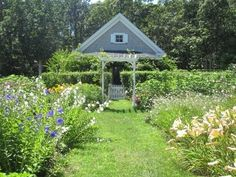 Vacation Rentals with Gardens - Homes With Amazing Gardens