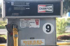 Gasolina para campeones Fotografía: Alejandro Villavicencio