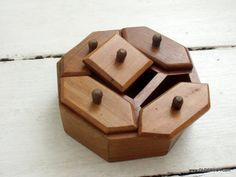Vtg WOODEN an OCTAHEDRON BOX wood casket jewellery 5-partitions 8-walls vintage box 5 compartments pyxis wooden pix vintage F03/320