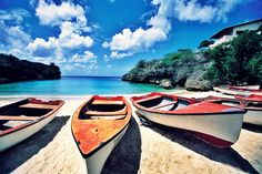 #summer #placestovisit #beaches  Click here and see more: http://splendidbuzz.com/7-best-summer-destinations/