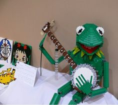 Kermit The Frog statue made entirely of LEGO.