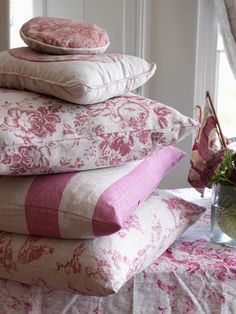 Modern Country Style: Romantic Red Faded Florals: Get The Look Click through for details.