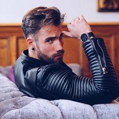 Black Leather Biker Jacket, Leather Jacket Outfits, Leather Jackets, Biker Jackets, Leather Fashion, Leather Men, Mens Fashion, Fashion Menswear, Jorge Rodriguez